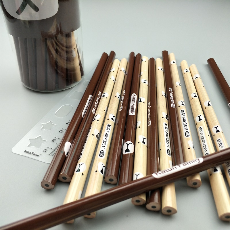 [해외]10pcs / lot 표준 연필 곰 패턴 인쇄 나무 연필 삼각형 극 HB 검정 리드 학생 편지지 플라스틱 상자를 작성하는/10pcs/lot Standard Pencils bear pattern printed wooden pencils Triangle pole H