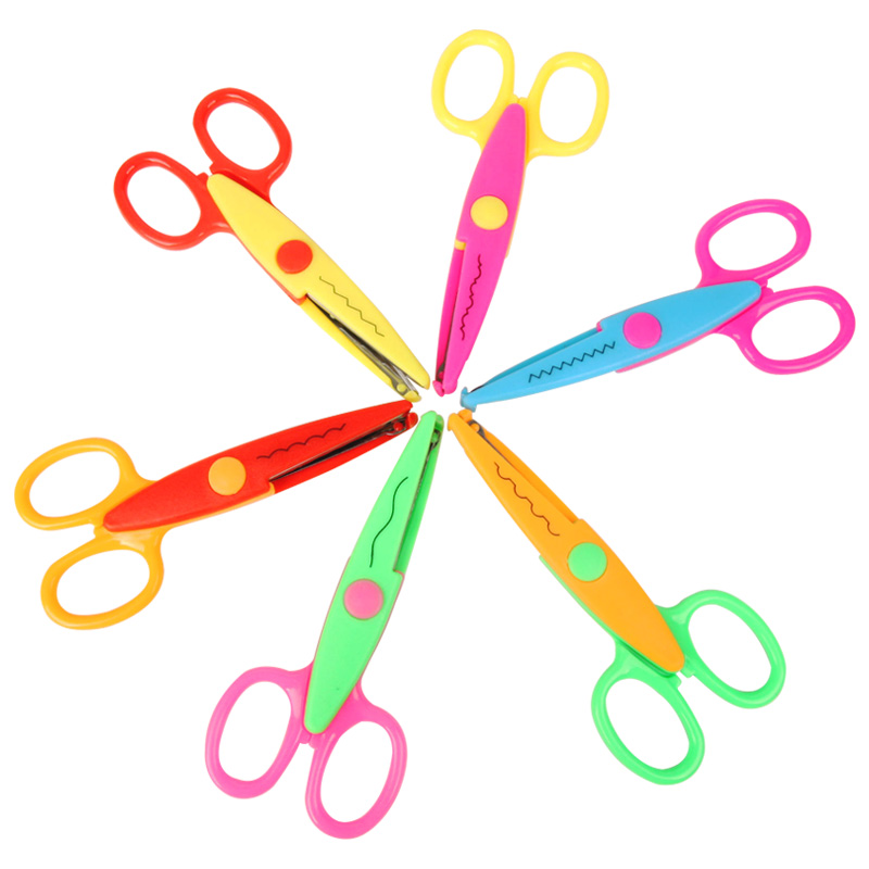 [해외]6Pcs Laciness Scissors Metal And Plastic Diy Scrapbooking Photo Colors Scissors Paper Lace Diary Decoration6 Patterns/6Pcs Laciness Scissors Metal